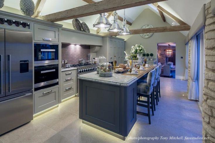 Castile Soft Tumble Limestone Tiles from Flagstones Direct. #stoneflooring #kitchens #stone #limestone