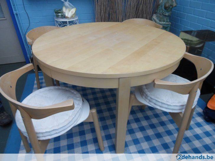 Houten ronde uitrekbare tafel met 4 stoelen - Te koop