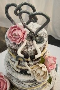 When two doctors marry, the wedding cake looks like this | Stradbroke Island Photography www.stradbrokeislandphotography.com