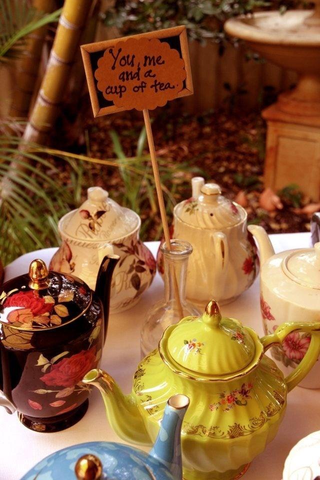 Teapots teapots teapots....various designs/colours