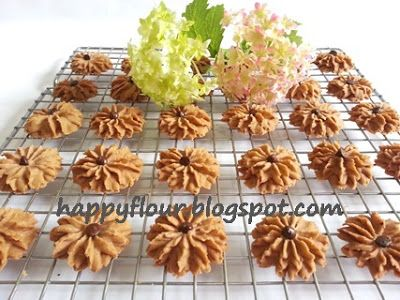 Happy Flour: Chocolate Butter Cookies
