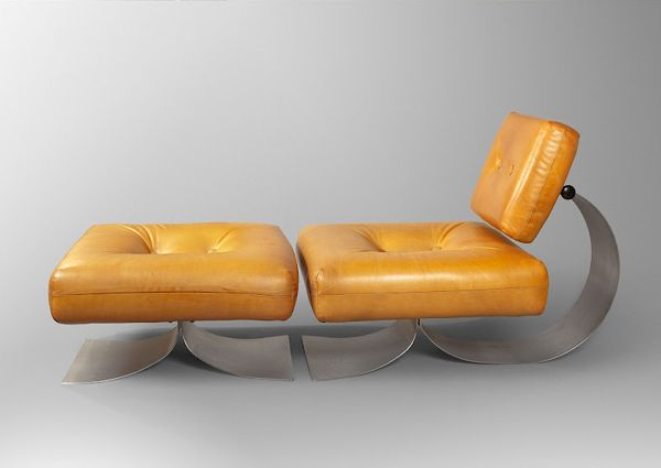 Oscar Niemeyer, late 1970s. Interesting materials and construction of lounge's legs and back