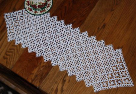 CROCHET PATTERNS OF TABLE RUNNERS | FREE CROCHET PATTERNS