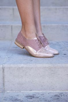 Derbies irisées - Rose via Avah Julian. Click on the image to see more!