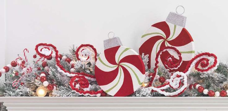 RAZ Christmas Decorations: RAZ Peppermint Kisses Christmas Tree ...