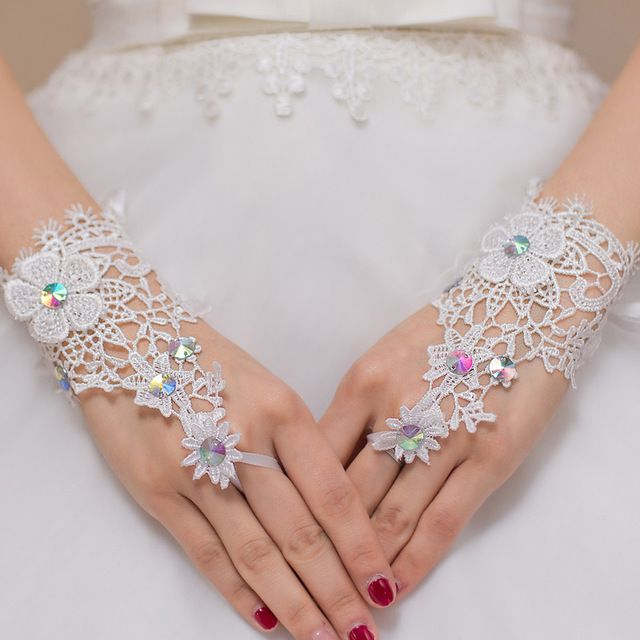 Ivory lace Short Bridal Gloves Wedding Gloves Fingerless hochzeits handschuhe With Rhinestones BV-005