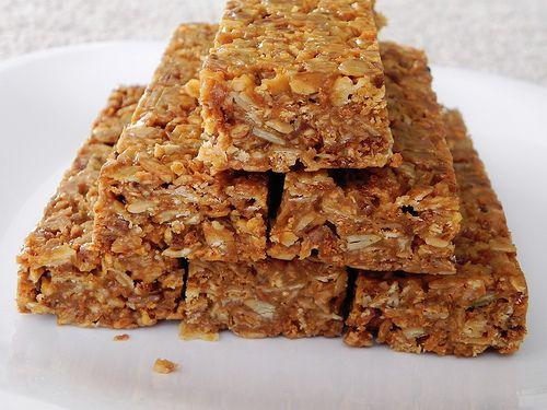 no bake granola bars: Chewy Granola Bars, Awesome, Bake, Breakfast Bar, Baking Chewing, Baking Granola, Chef Amber, Baking Chewy, Chewing Granola