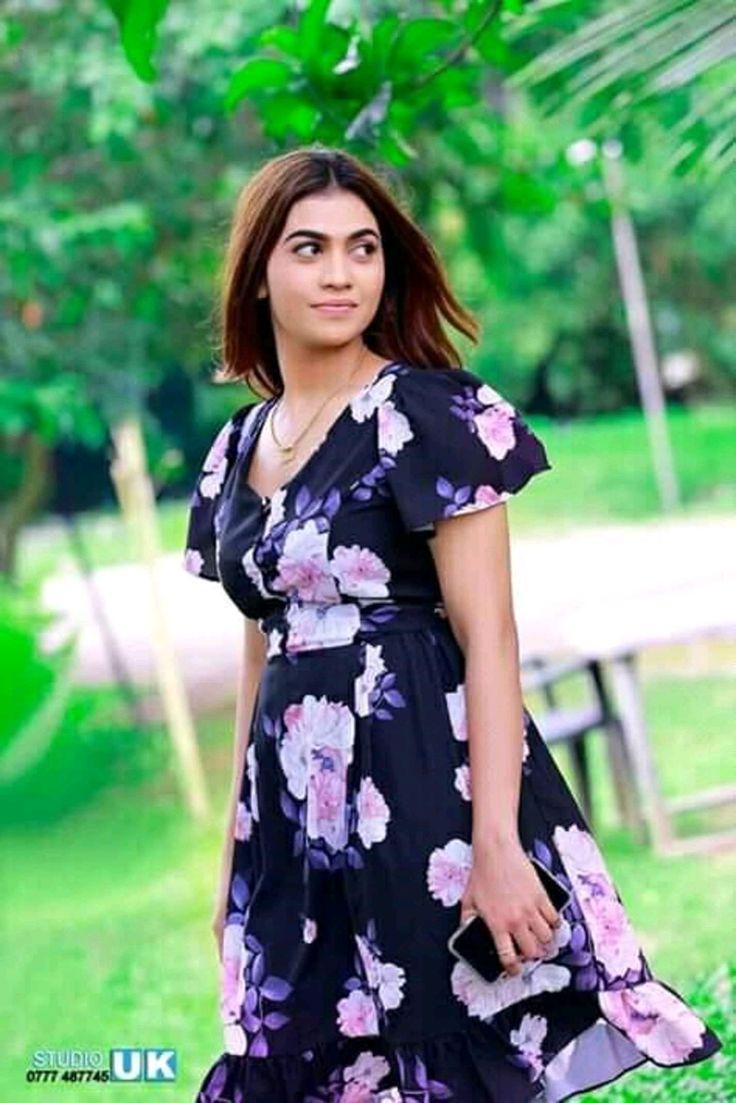 Lankan Models Gallery : Dulani-Anuradha Sri Lankan Actress