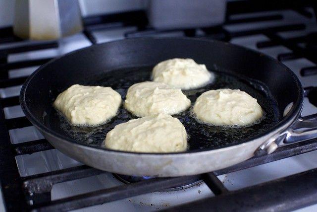 Tall Fluffy Buttermilk Pancakes Recipe In 2020 Buttermilk Pancakes Fluffy Buttermilk Pancakes Pancakes