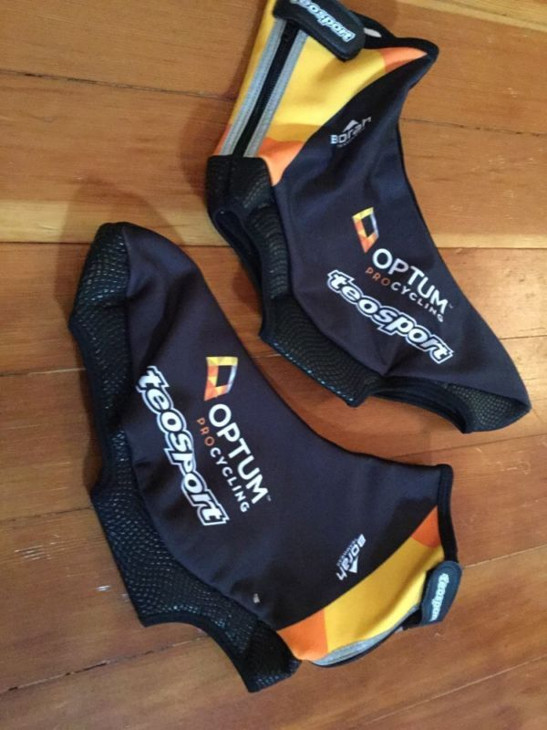 Teosport Winter Thermal Cycling Shoe Covers Black 41/42 Optum Pro Cycling - http://sports.goshoppins.com/cycling-equipment/teosport-winter-thermal-cycling-shoe-covers-black-4142-optum-pro-cycling/