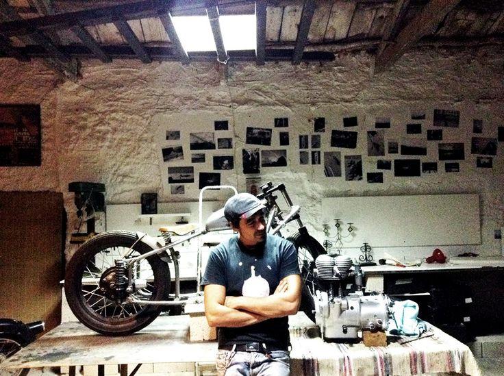 #people #homoratus #garage #bmw #r25 #bobber