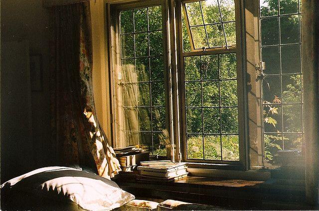 Trav'Lin Lights, Big Windows, Windows Seats, Dreams House, Reading Nooks, Places, Bedrooms Windows, Reading Spots, Mornings Lights