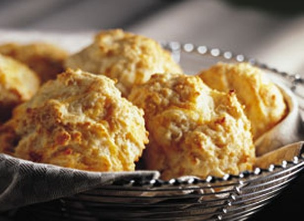Cheese-Garlic Biscuits ... so yummy!  I didn't spray with cooking spray at the end though ...