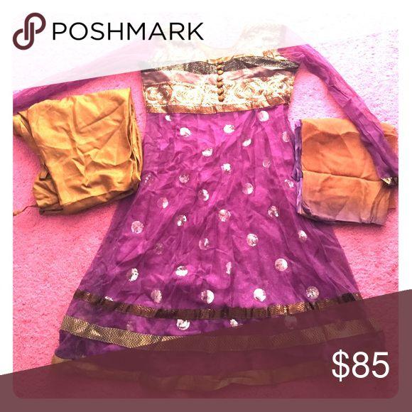 Purple gold shalwar kameez / anarkali size 34 Purple gold shalwar kameez / anarkali size 34. This is a 4-piece suit. I accept offers Other