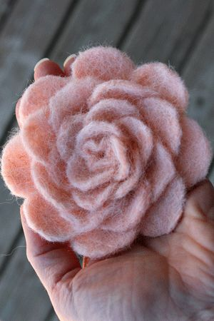felted flower tutorial