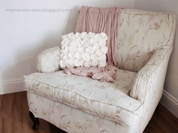 Декоративная подушка своими руками с розами