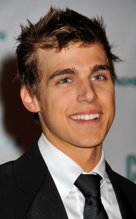 Cody Linley Age, Weight, Height, Measurements - http://www.celebritysizes.com/cody-linley-age-weight-height-measurements/