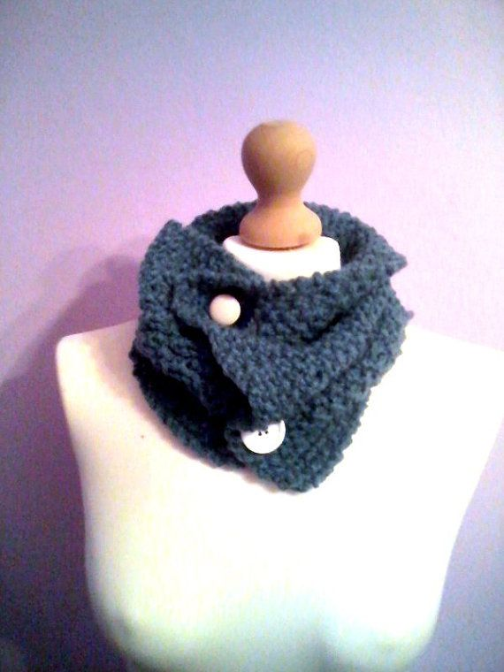 Handknitted collar / neckwarmer with buttons by KaterinakiJewelry