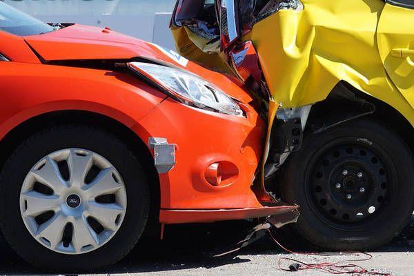 Saxen: Autofahrer (56) bei Auffahrunfall verletzt