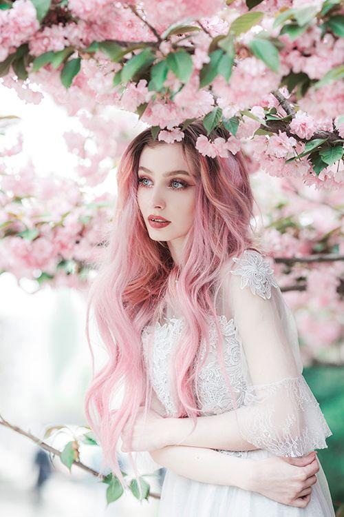 Фото Девушка в цветущем саду сакуры | Модные портреты ...
