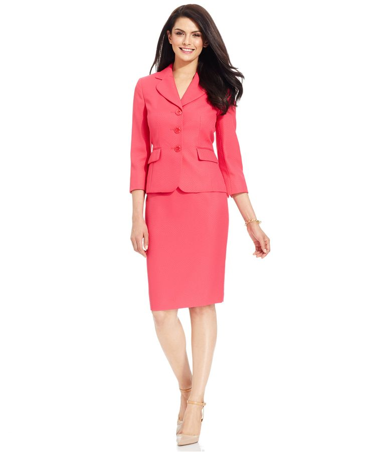 Putting together career looks has never been easier with our mix-and-match women's suits and suit separates. Work wardrobe wonders in boucle, wool, acrylic, ponte knit and more. Get our career blazers, skirt sets, jacket dresses, women's pants for work and more.