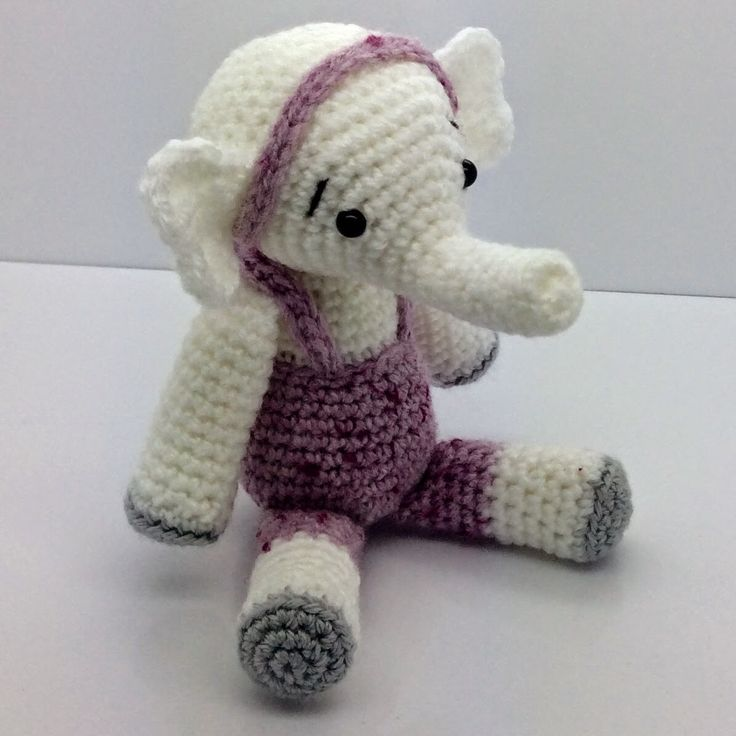 Lonemer Creations: Bingo, the Friendly Elephant, free crochet pattern, #haken, gratis patroon (Engels), amigurumi, olifant, knuffel