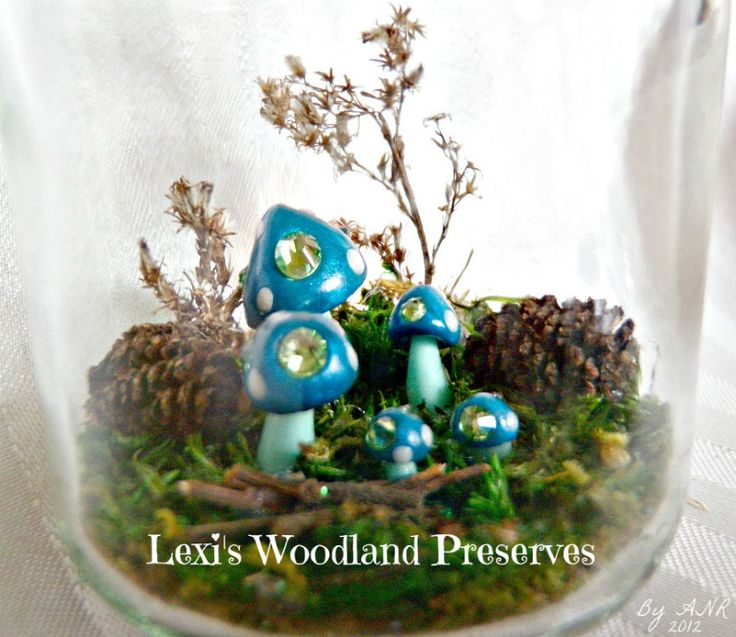 Lexi's Woodland Preserves temporary logo. Now to print it off & see how it looks on the box ;)