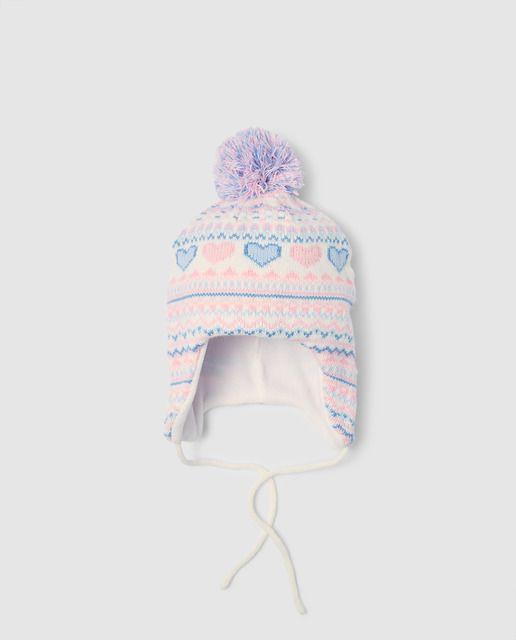 a268f6002 Gorro de punto con jacquard de corazones en color azul y rosa, con pompón.