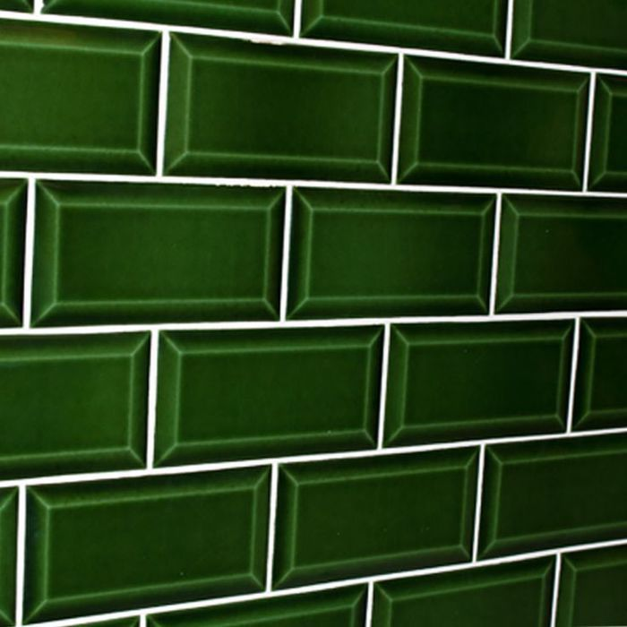 Cevica Metro Verde Gall Argo Slovakia Met Afbeeldingen Groene Badkamertegels Muurtegels Groene Tegels