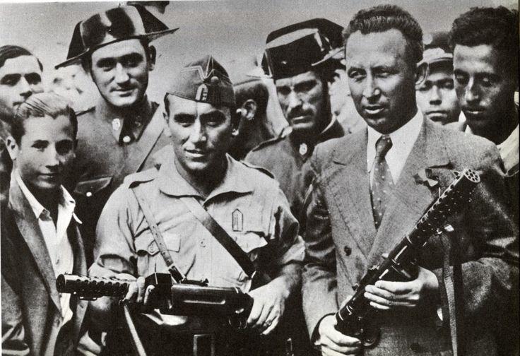 """Partidarios del ejército """"nacional""""."""