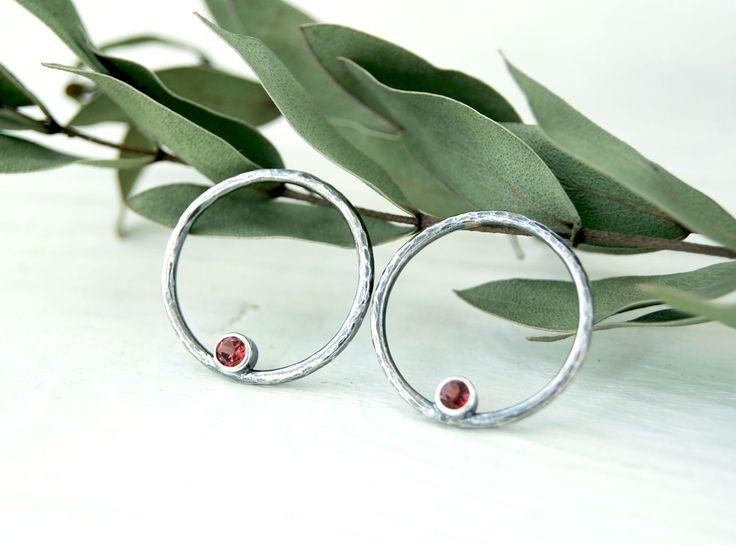 Серьги-кольца, серьги серебро, серебряные серьги, серьги с камнем, серьги-пуссеты, минималистичные серьги