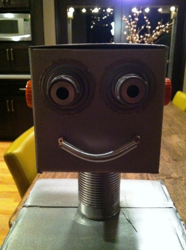Robot Assembly Line / Tall-bots close-up...smile for the camera! - Robot Birthday Party #robot #robotparty