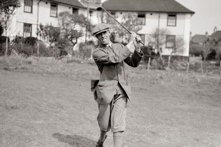 George Duncan (1927, 29, 31) Turned down a football career with Aberdeen and his decision was justified by by an impressive golf career including the 1920 Open Championship. Having played in the inaugural Ryder Cup in 1927, he skippered Britain to victory in the return match two years later, where he thumped Walter Hagen 10&8 in the 36 hole battle of the playing captains. Record: P5 W2 L3 H0.
