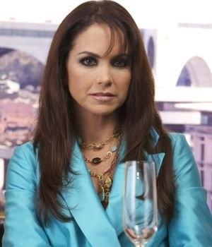 La guapa Lucero luciendo collar Jenny Rabell. Compra accesorios Jenny Rabell  en http