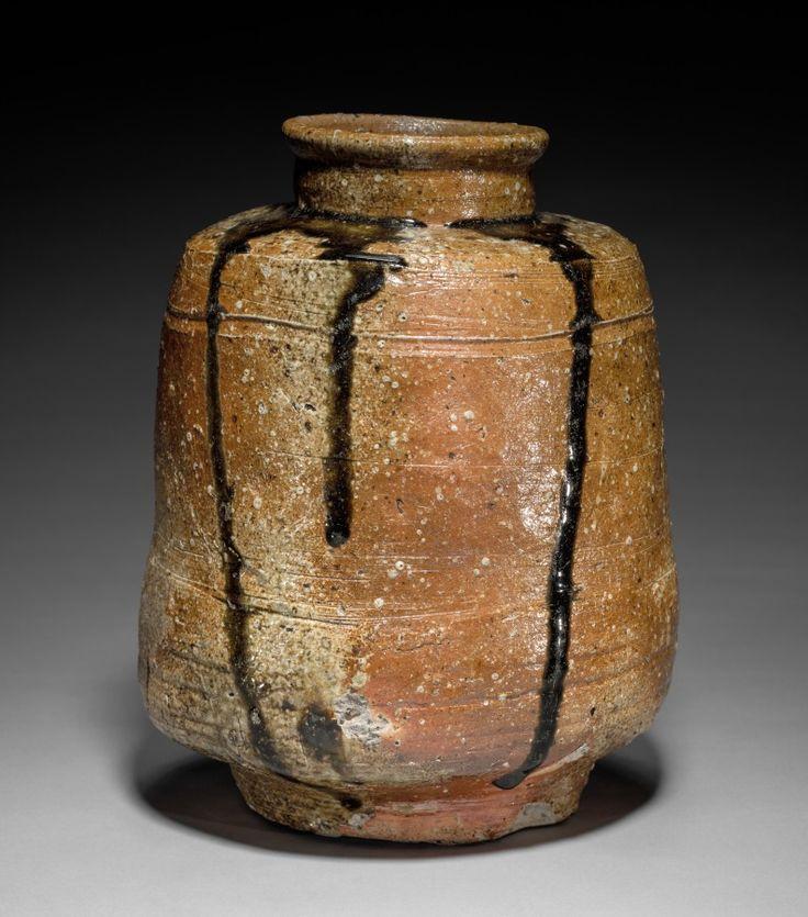 Tea Storage Jar: Shigaraki Ware, 1573-1615 Japan, Shiga Prefecture, Shigaraki area kilns, Momoyama period (1573-1615) glazed stoneware Cleveland Museum of Art