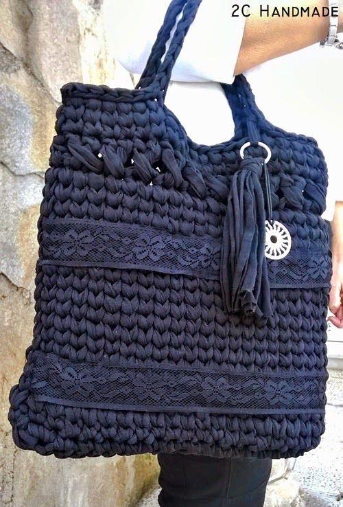 Bolsos de trapillo y complementos de crochet o ganchillo. Trapillo, lana, hilo.