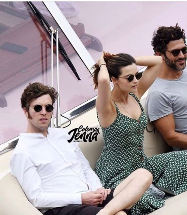 Jenna Coleman and Tom Hughes at Amalfi coast with friends 2017