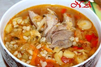 Щи с индюшкой,перловой крупой и квашеной капустой Cabbage soup with turkey, pearl barley and sauerkraut