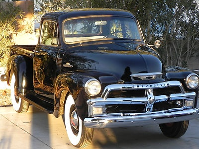 Chevrolet : Other Pickups 3100 1954 Chevy 3100 Sho - http://www.legendaryfinds.com/chevrolet-other-pickups-3100-1954-chevy-3100-sho-2/