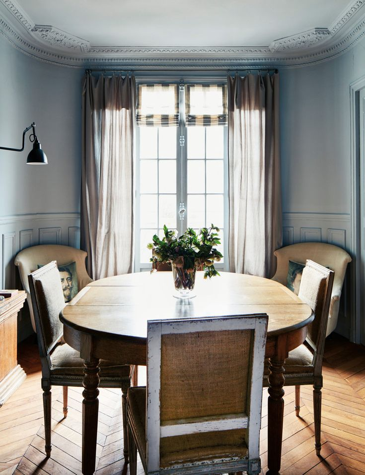 the perfect Parisian dining room