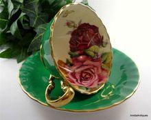 Lovely English Aynsley Green & Gold Gilt Flower Roses in Cup & Saucer Set: