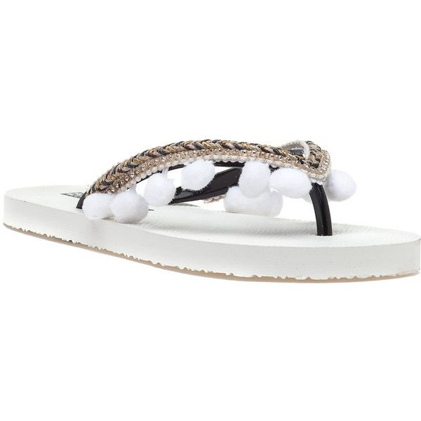 275 CENTRAL Hjec Pom White Flip Flop (€40) ❤ liked on Polyvore featuring shoes, sandals, flip flops, white, embellished sandals, white sandals, rubber sole shoes, embellished flip flops and white summer sandals