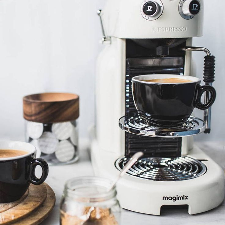 What's the best Nespresso Coffee Machine to Buy? 2017 Review Guide