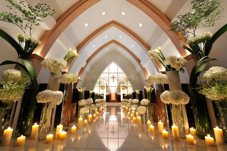 # Vress et Rose # Wedding # white # chapel # Flower # Bridal #Candle # ブレスエットロゼ #ウェディング # 白# チャペル # 花 # ブライダル#教会#キャンドル