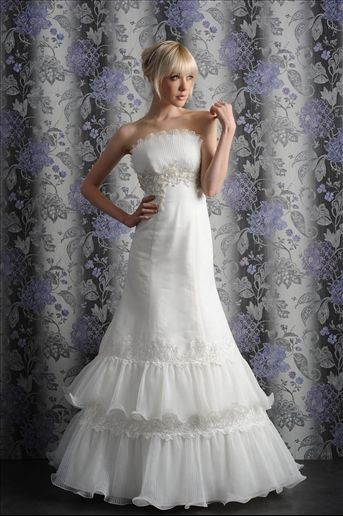 To Find Great #Weddingl #Gowns and Ideas  Visit us at Bride's Book,Get our #newsletter for all the latest promos and cupons!