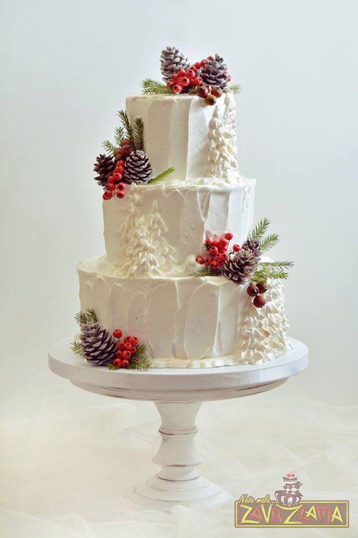 Holiday Wedding Cakes Too Pretty To Ignore ~ love all the texture in Nasa Mala Zavrzlama's cake