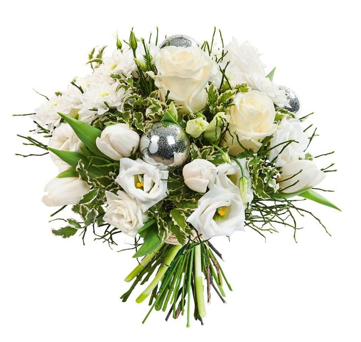 Bouquet Flocon - Pur et naturel comme un flocon de neige, ce ravissant bouquet est à l'image de cette nature immaculée qui s'offre à nous pour le passage à la nouvelle année.  #bouquet #fleurs #noel #fetes #reveillon
