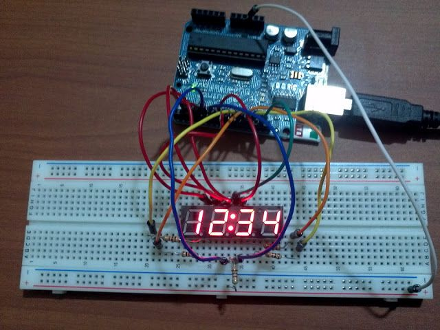 Arduino powering up a digit segment led display