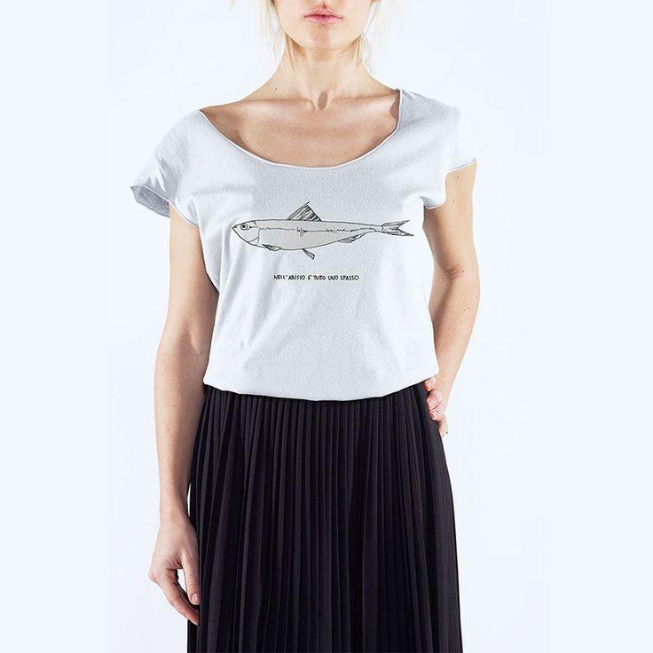 Bianca Buoncristiani - Nell'abisso è tutto uno spasso -T-Shirt Uneck - 24€