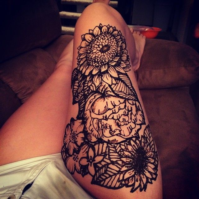 Where Do Mehndi Patterns Come From : This floral henna tattoo was created by an omaha artist